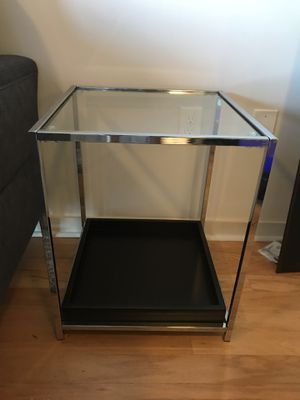 Glass End Table with Black Tray for Sale in Austin, TX