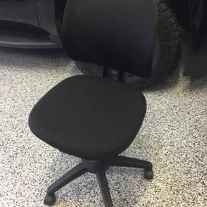 Office Chair Great Condition $20 for Sale in Fontana, CA