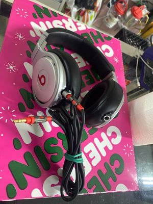 Beats by dr .dre for Sale in Zephyrhills, FL
