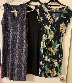 3 Old Navy Small Maternity Dresses for Sale in Alexandria, VA