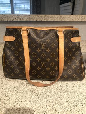 Authentic Louis Vuitton horizontal Batignolles for Sale in San Antonio, TX