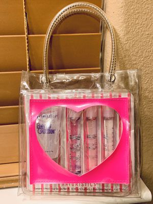 BRAND NEW 4 PIECE BODY GLITTER & LIPGLOSS SET for Sale in Newark, CA