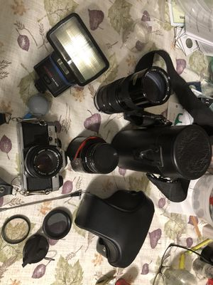 Vintage 1980's Olympus OM10 SLR camera kit for Sale in Thornton, CO