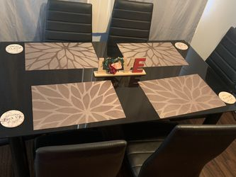 Table Set for Sale in Long Beach,  CA