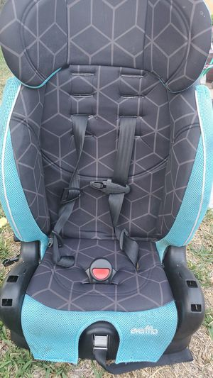 Car seat for Sale in Upland, CA