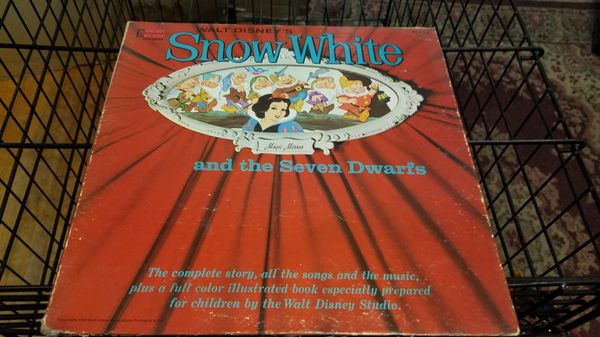 Various 1960s Disney Storytelling albums, cover and albums included