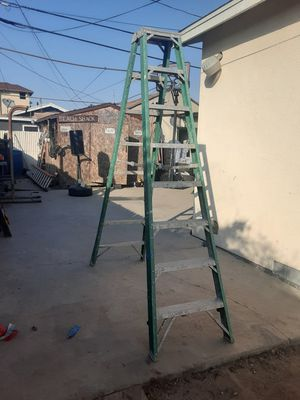 8' FIBERGLASS DOUBLE SIDED LADDER for Sale in Los Angeles, CA