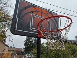 Basketball hoop for Sale in Rio Linda, CA