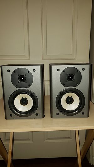 Onkyo THX surround speakers (pair) for Sale in Palm Desert, CA