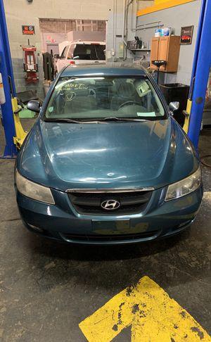 2006 Hyundai Sonata parts for Sale in Blue Island, IL