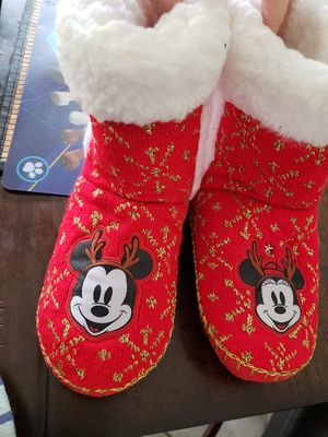 Slippers disney Mickey minnie mouse for Sale in Rockville, MD