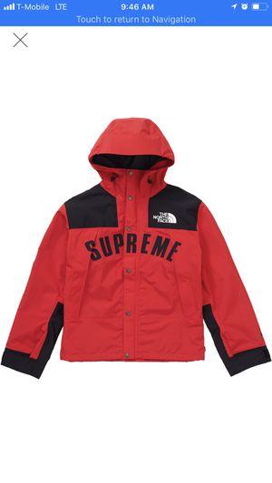 Supreme arc logo Tnf parka red size Medium for Sale in Hialeah, FL