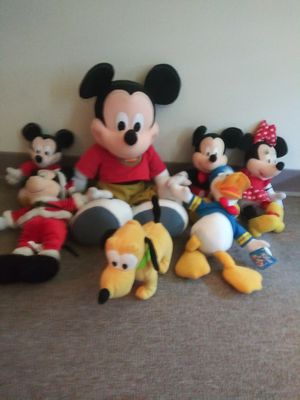 Big mickey mouse plus all friends 1999 year for Sale in Wichita, KS