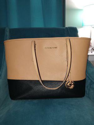 MK large suntan/black tote bag for Sale in St. Louis, MO