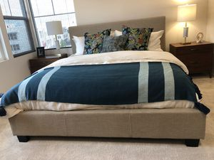 Queen Sized Bed Frame for Sale in Imperial Beach, CA