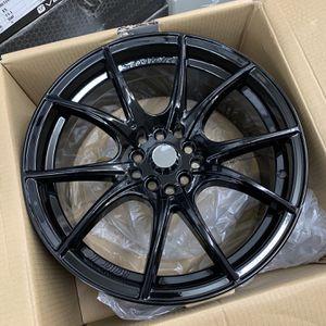17 inch gloss black wheels for Sale in La Habra, CA