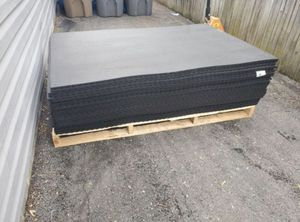 4x6 brand new 3/4 inch rubber gym mats- identical to rogue mats for Sale in Rockville, MD