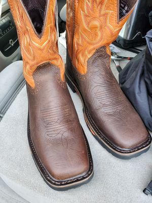 JUSTIN WORK BOOTS for Sale in Madera, CA