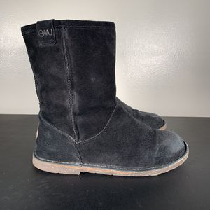 EMU Inverlock Suede Black Boots for Sale in Philadelphia, PA