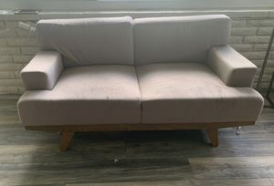Modern loveseat for Sale in Hialeah, FL