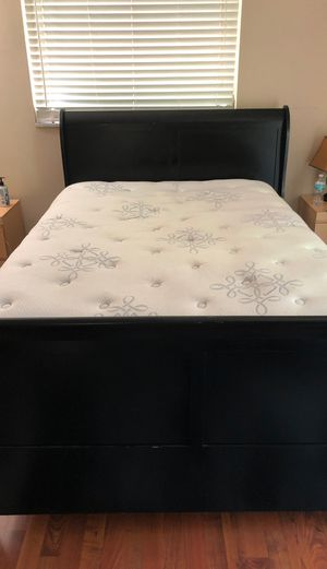 Full size mattress, box spring and bed frame for Sale in Delray Beach, FL