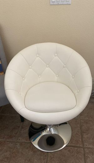 Offer chair for Sale in Las Vegas, NV