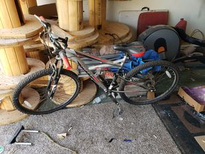 Huffy mountain bike for Sale in Atwater, CA