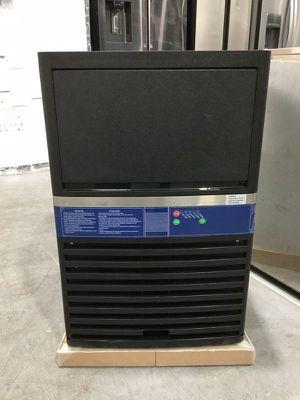 Commercial Ice Maker Applianced Kitchen Machine Maquina Fabricador De Hielo Sinoyardea 90 lbs IM-90 for Sale in Miami, FL