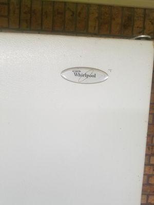 Whirlpool frigerator for Sale in Oklahoma City, OK