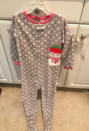 Carter's Olaf footed fleece Pajamas size 5T $10 for Sale in Glendora, CA