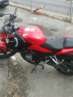 Honda Cb300f Red/black for Sale in Forest Park,  GA