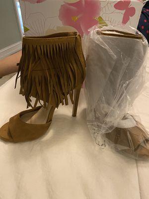 Brand new tan fringe heels for Sale in Tamarac, FL