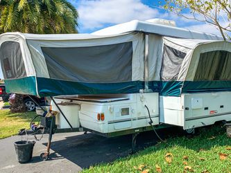 01' Coleman Niagara Elite for Sale in Fort Lauderdale,  FL