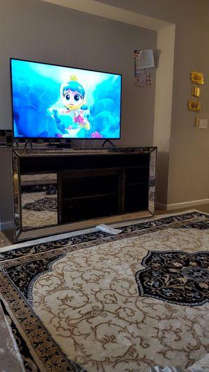 TV stand one door mirror it's broking I have the door for Sale in Columbus, OH