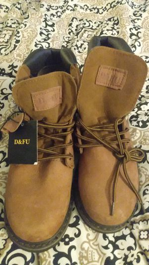 D&FU women's work boots size 8.5 for Sale in PT CHARLOTTE, FL