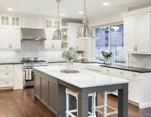 White Shaker Kitchen Cabinets Wholesale To Public for Sale in Seattle, WA