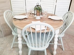 Vintage Farmhouse _ Farm Solid Wood Dining Kitchen Table w/ Chairs for Sale in New Port Richey, FL