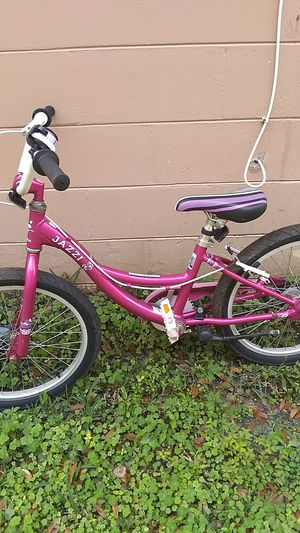 Raleigh Jazzi 44-52 inch for Sale in Tampa, FL