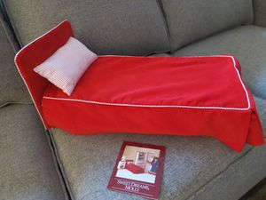 American Girl Bed for Molly Doll ~ retired for Sale in Bellevue, WA