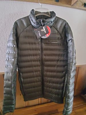 Titan Columbia Down Jacket - Men Medium for Sale in Leavenworth, WA