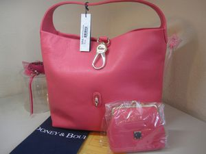 Dooney & Bourke hobo handbag (NWT) - Lovely Light Pink w/ Coin Purse for Sale in Miami, FL