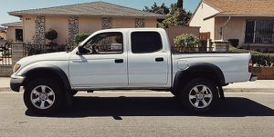 OWNER VEHICLE TACOMA TOYOTA 2003 for Sale in Anaheim, CA