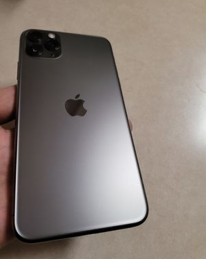 iPhone 11 Pro Max 256gb Factory Unlocked for Sale in Brentwood, CA