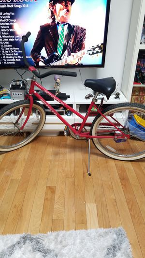 Vintage bike cruiser schwinn for Sale in Brooklyn, NY