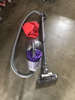 Dyson DC39 animal canister vacuum. for Sale in Portland, OR
