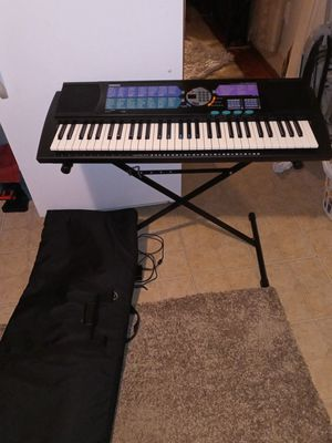 Yamaha Keyboard and bag and stand PSR-185 for Sale in Woonsocket, RI