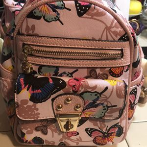 New Beautiful Butterfly Backpack for Sale in Fresno, CA