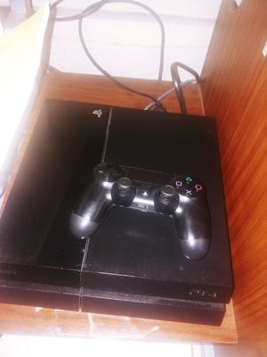 Ps4 500gb for Sale in Compton, CA