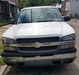 2004 Chevy Silverado crew cab 1500 for Sale in Philadelphia, PA