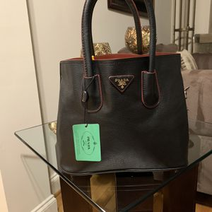 Purse for Sale in Annandale, VA